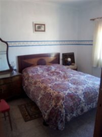1096-country-house-for-sale-in-pliego-17870-l