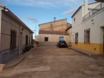 1096-country-house-for-sale-in-pliego-17882-l