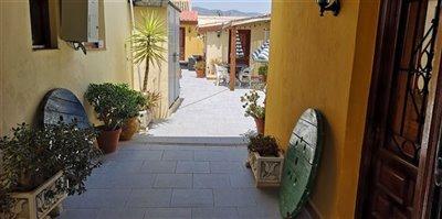 1116-country-house-for-sale-in-el-escobar-rey