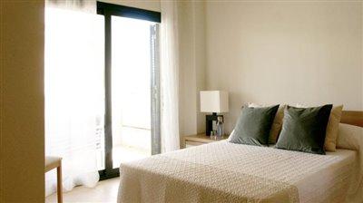 Double-Bed-to-Patio-Doors