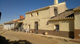 Image No.27-4 Bed Village House for sale