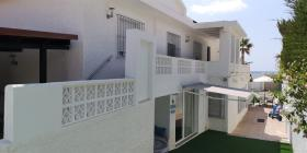 Image No.8-6 Bed Villa / Detached for sale