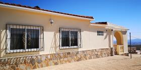 Image No.20-5 Bed Villa / Detached for sale