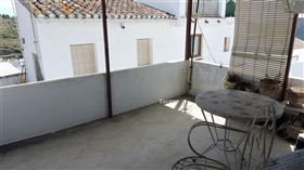 Image No.17-3 Bed Townhouse for sale