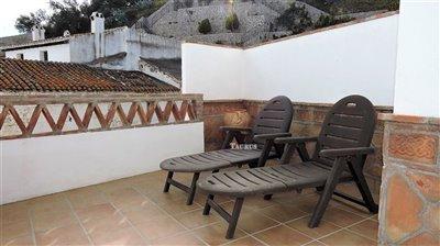 bedroom-2-terrace-b