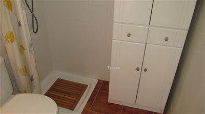bathroom-1b-5