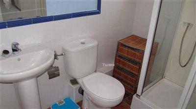 bathroom-2a-6