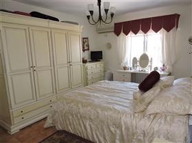 Image No.22-3 Bed Villa for sale