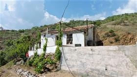 Canillas de Albaida, Farmhouse