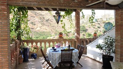main-house-dining-terrace-b