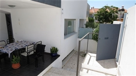 Image No.16-4 Bed Townhouse for sale