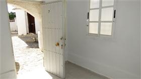 Image No.14-9 Bed Villa for sale