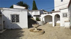 Image No.21-9 Bed Villa for sale