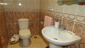 Image No.18-5 Bed Commercial for sale