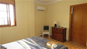 Image No.27-5 Bed Commercial for sale