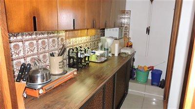 apartment-kitchen