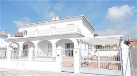 Almayate, Townhouse