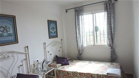 Image No.9-4 Bed Townhouse for sale