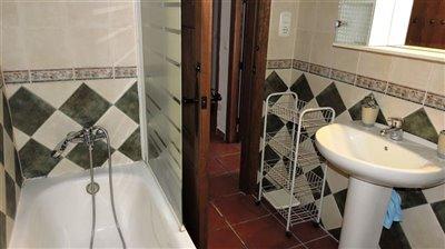 bathroomn-1a