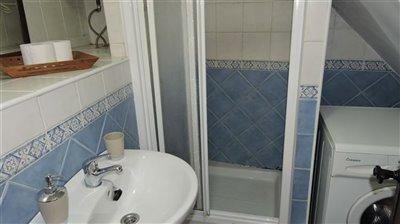 shower-apartm-a