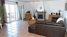Image No.7-3 Bed Villa for sale
