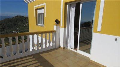 bedroom-4-terrace-b