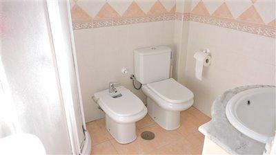 bathroom-in-suite-a