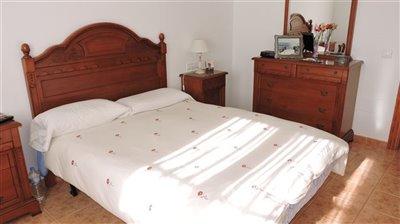 main-bedroom-c-1