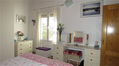 bedroom-2-b