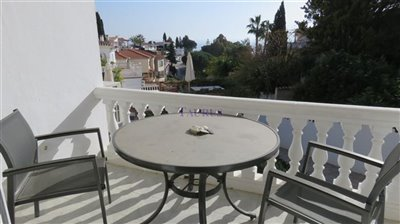 apt-3-terrace
