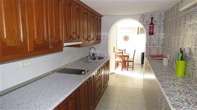 apt-4-kitchen