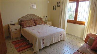 guest-apart-bedroom-a