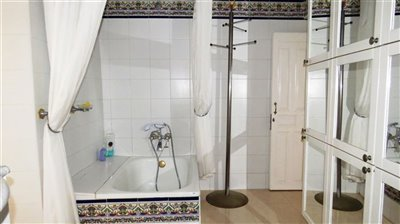 guest-bathroom-a-2