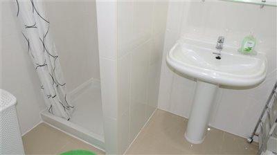 bathroom-1a-4