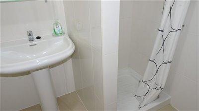 bathroom-2a-2