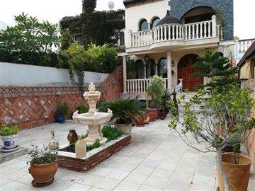 front-terrace