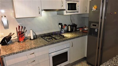 kitchen-2c-apartment
