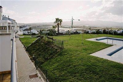 garden-pool-playground