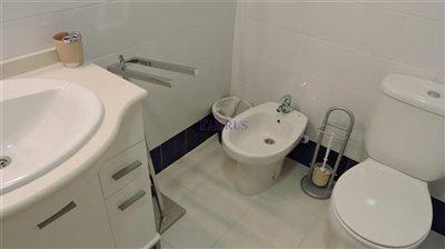 bathroom-2c-2