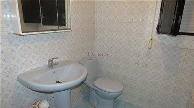 bathroom-a-2