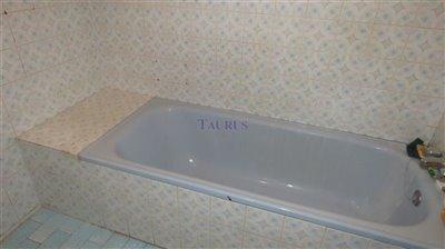 bathroom-b-2