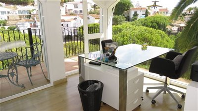 sun-room-2a-office