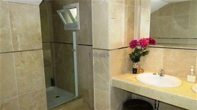 bathroom-1b-1