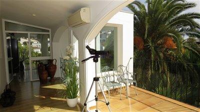sun-room-1b-landing-and-terrace
