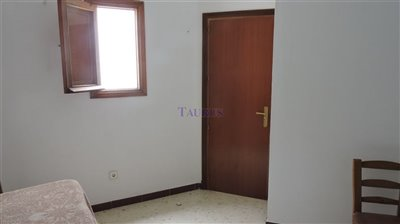 storage-room-1b
