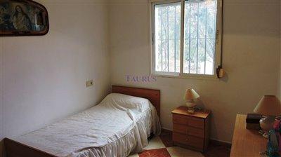 bedroom-2a-11