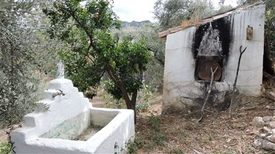 fountain-and-oven