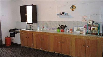 kitchen-area-1a