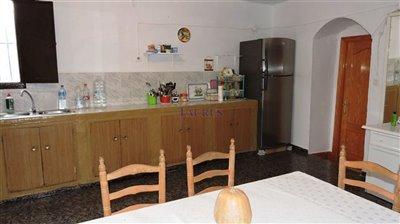 kitchen-area-1b