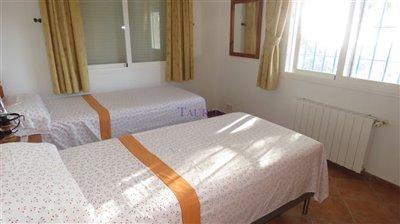 bedroom-1b-13